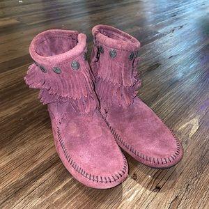 Double Fringe Side Zip Minnetonka Boots